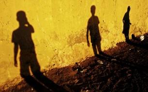 ©david19771 Refugee shadows on a wall